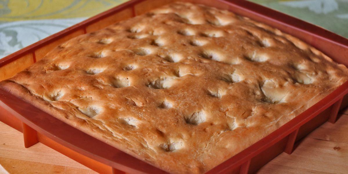 Cuciniamo insieme: Focaccia di farro (e asparagi in pastella)