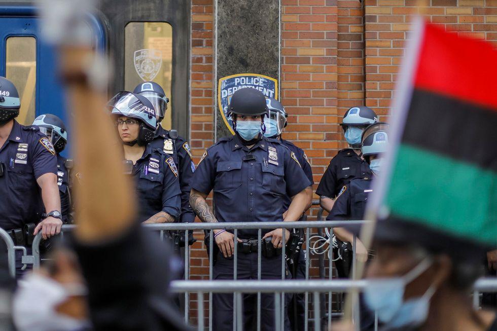 Proteste e rivolte negli Usa potrebbero fare il gioco di Tru