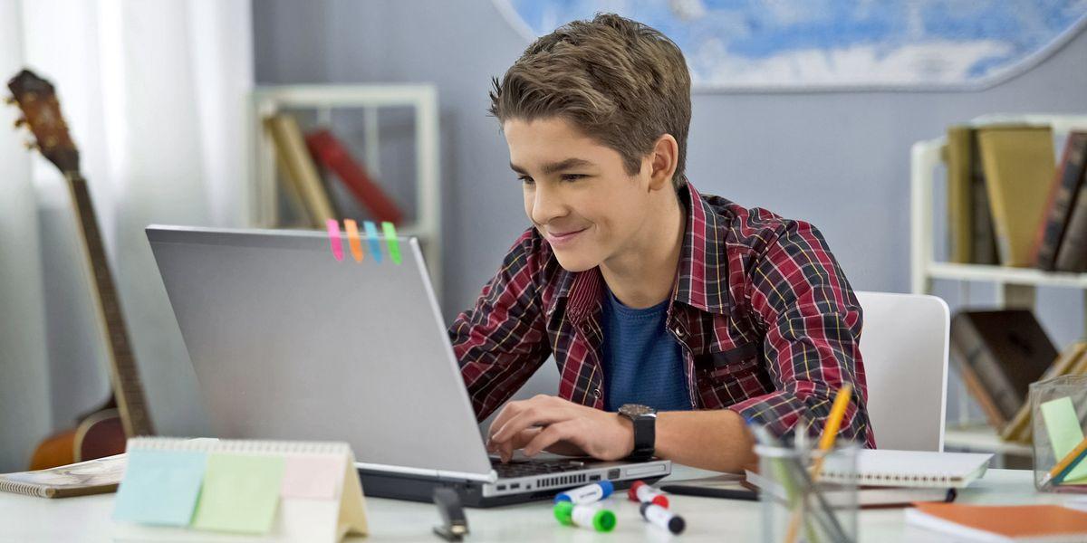 Email e Password di mio figlio sono sul Dark Web?