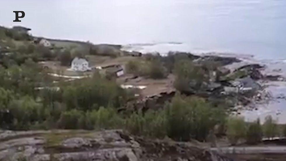 Frana in Norvegia, anche le case finiscono in mare