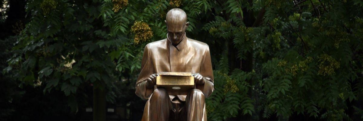 La statua di Montanelli e la mancanza di ironia