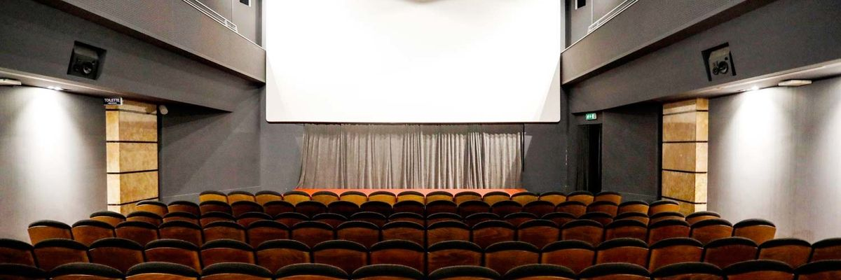 Coronavirus, la riapertura dei cinema: come sarà tornare in sala