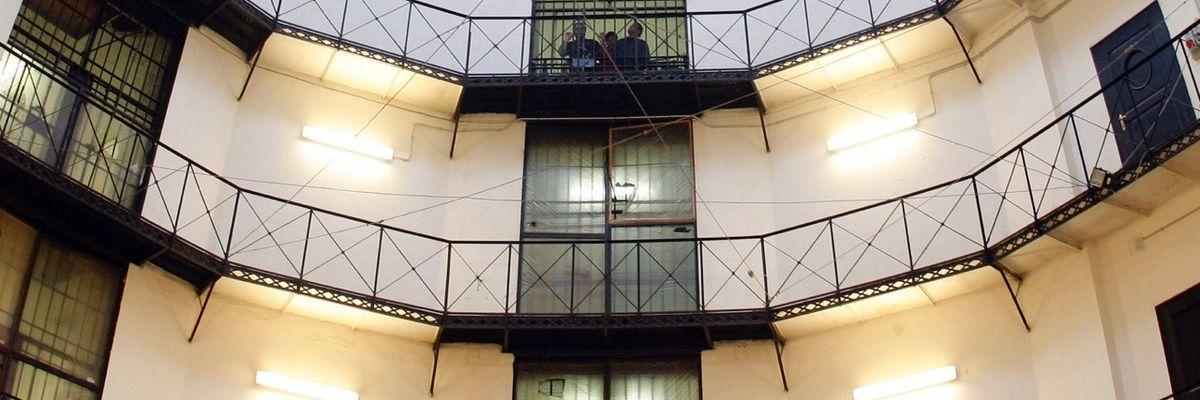 La Consulta: i detenuti al 41 bis possono scambiarsi oggetti