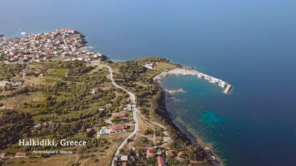 Storia, sole e mare: la Penisola Calcidica è un Paradiso per