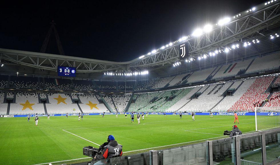 Torna la Serie A: via il 20 giugno (sperando di arrivare in