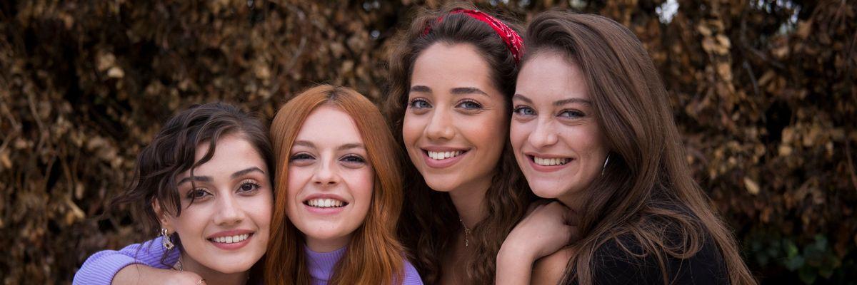 Come sorelle: tutto sulla nuova serie di Canale 5