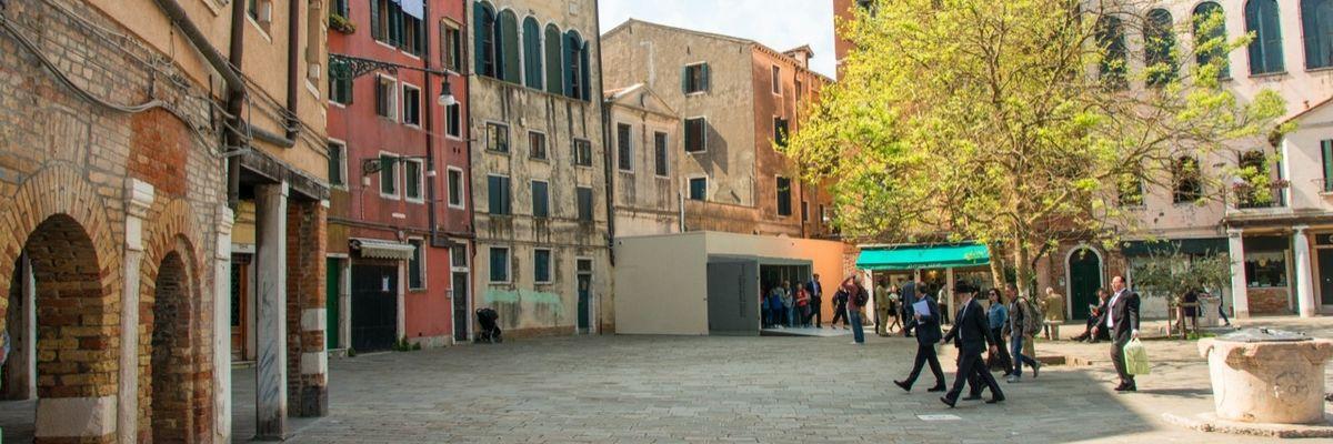 Venezia apre una porta sull'acqua al ghetto