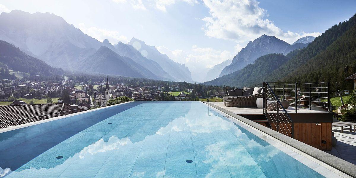 Le 6 piscine outdoor più belle del Trentino e dell'Alto Adige