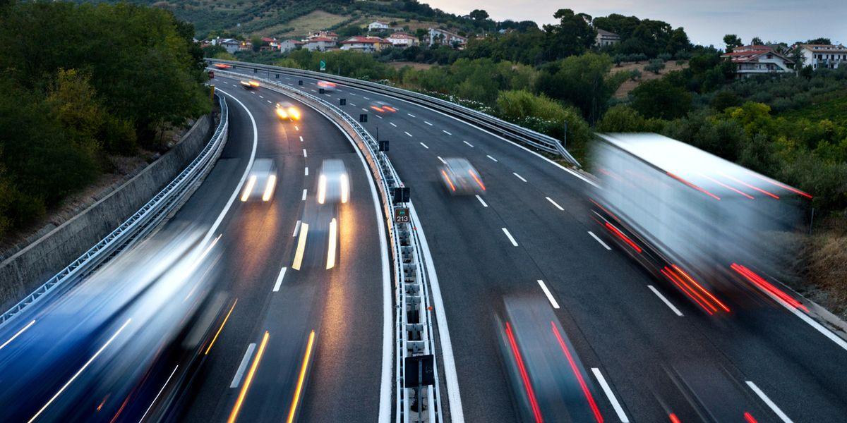 Il bluff delle autostrade pubbliche