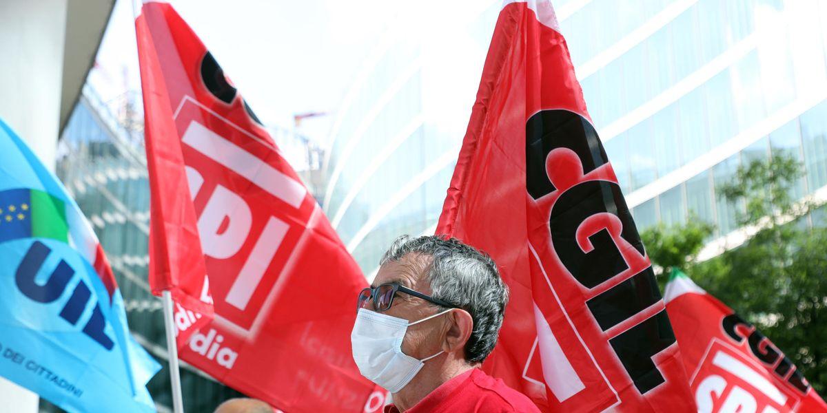 Il corporativismo dei sindacati ha il fiato corto e azzoppa i lavoratori a termine