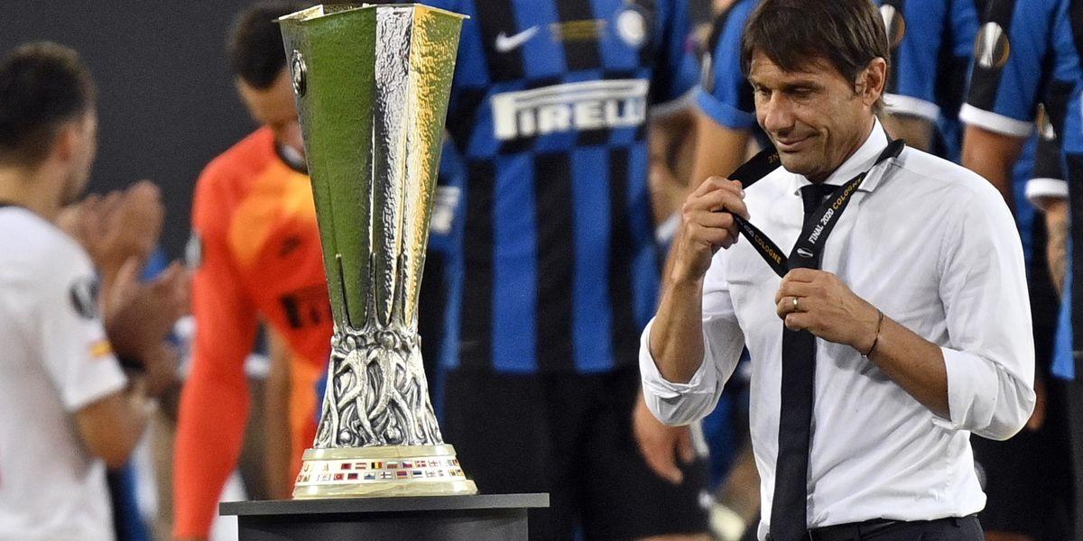 antonio conte finale europa league persa siviglia futuro contratto esonero dimissioni