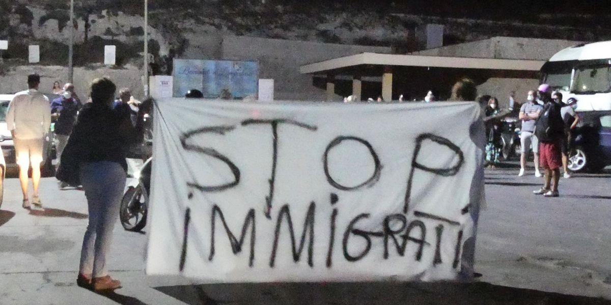 Sui migranti l'ennesimo rinvio del governo dei rinvii