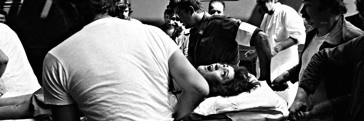 40 anni fa la strage di Bologna e i soccorsi (storia e foto)