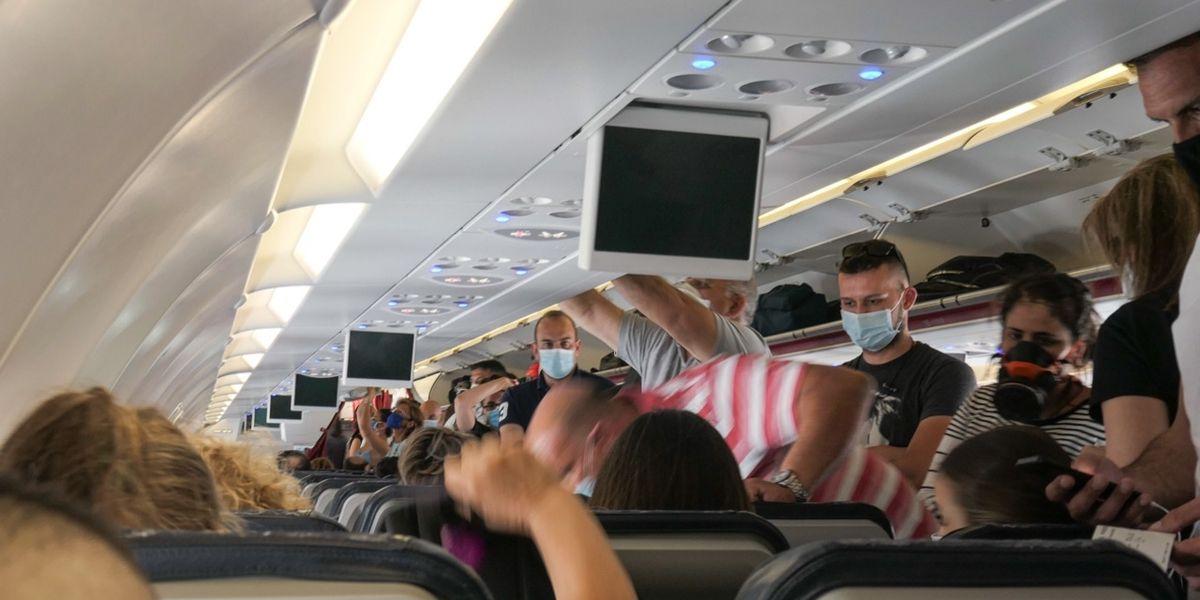 La crisi senza fine del trasporto aereo e si pensa alla «rottamazione precoce»
