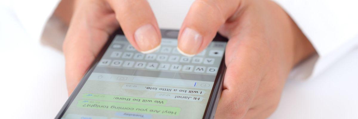 Non accettare messaggi dagli sconosciuti su WhatsApp