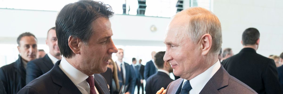 Conte sbugiardato da Putin sul caso Navalny