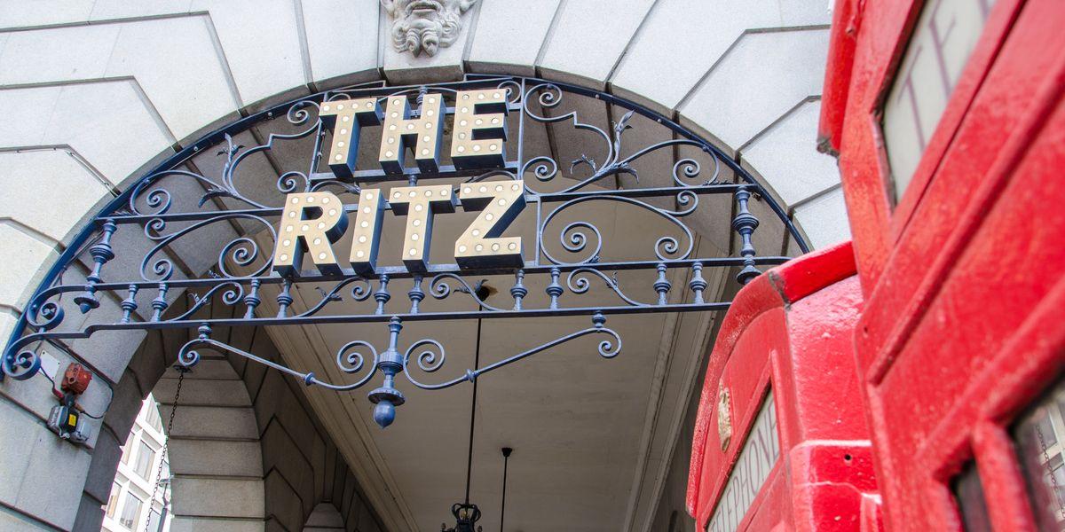 Gli hacker ed il colpo al Ritz di Londra con una sola telefonata