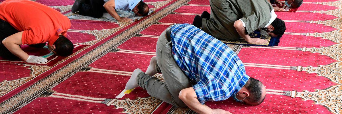 Quei centri islamici che non rispettano le norme