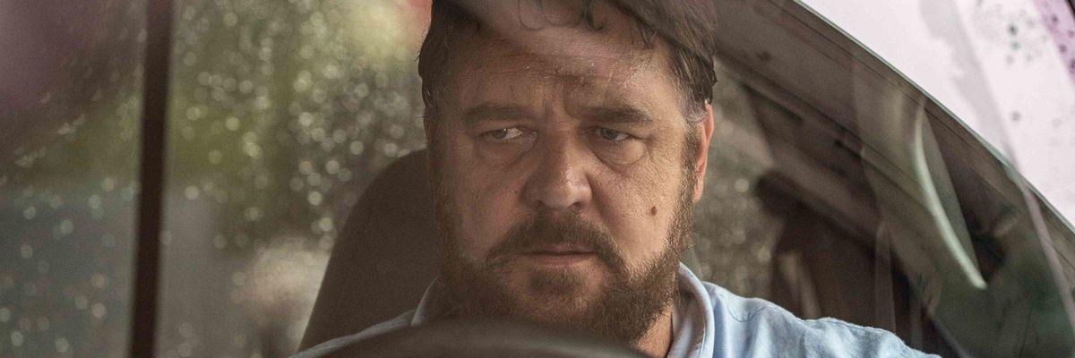 Russell Crowe al cinema con Il giorno sbagliato, il film meno giusto post-lockdown