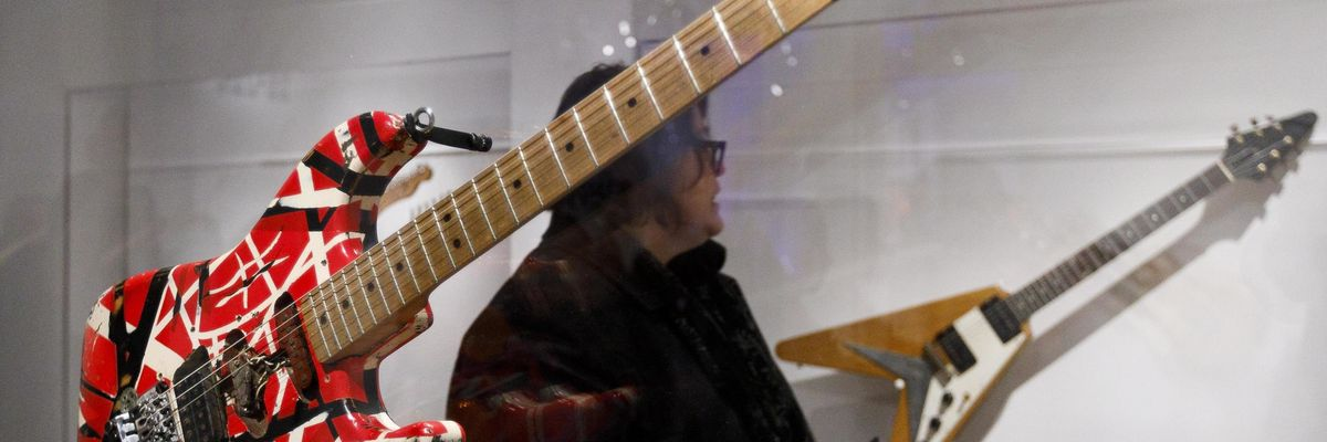 Quando Van Halen suonò per Michael Jackson in cambio di una cassa di birra