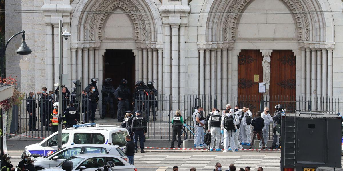 In Francia è in corso una guerra con l'Islam e la Turchia che non finirà
