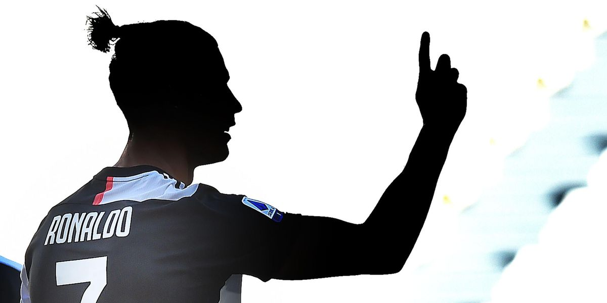 ronaldo gol juventus record carriera