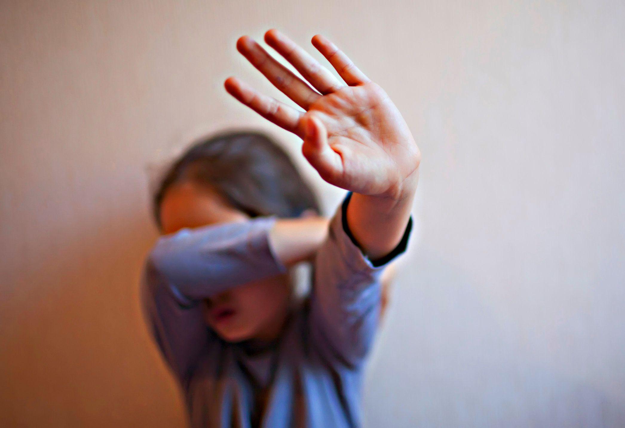 Abusi sui minori: possiamo fare qualcosa