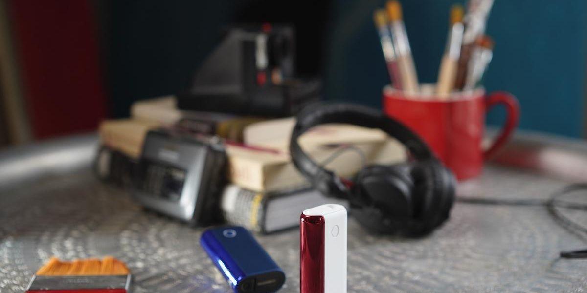Ema Stokholma presenta la nuova sigaretta elettronica glo hyper