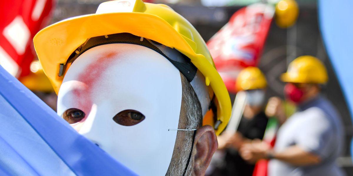 Senza fabbriche né lavoro, inutile discutere di politiche attive