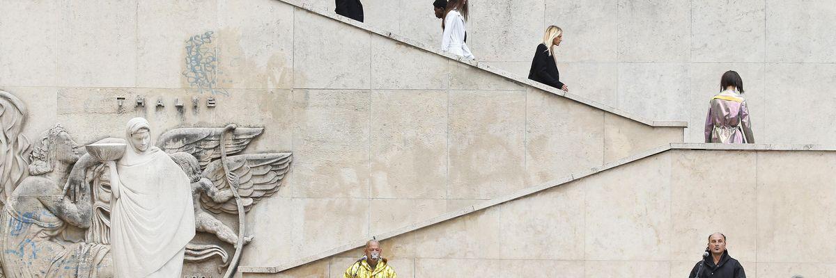 Al via la kermesse parigina che svelerà le proposte moda uomo per la stagione P/E 2022