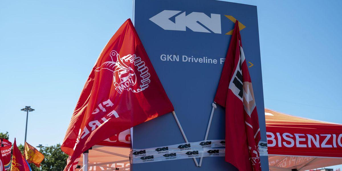 gkn blocco licenziamenti inps lavoro draghi governo sindacati