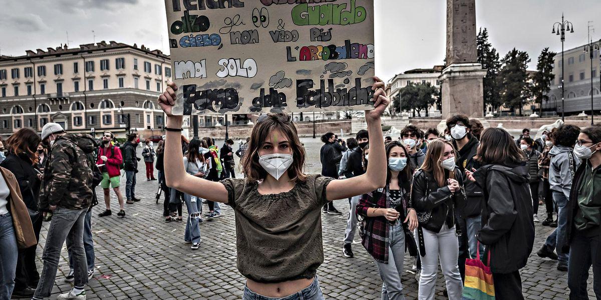 verdi green ambientalisti manifestazione