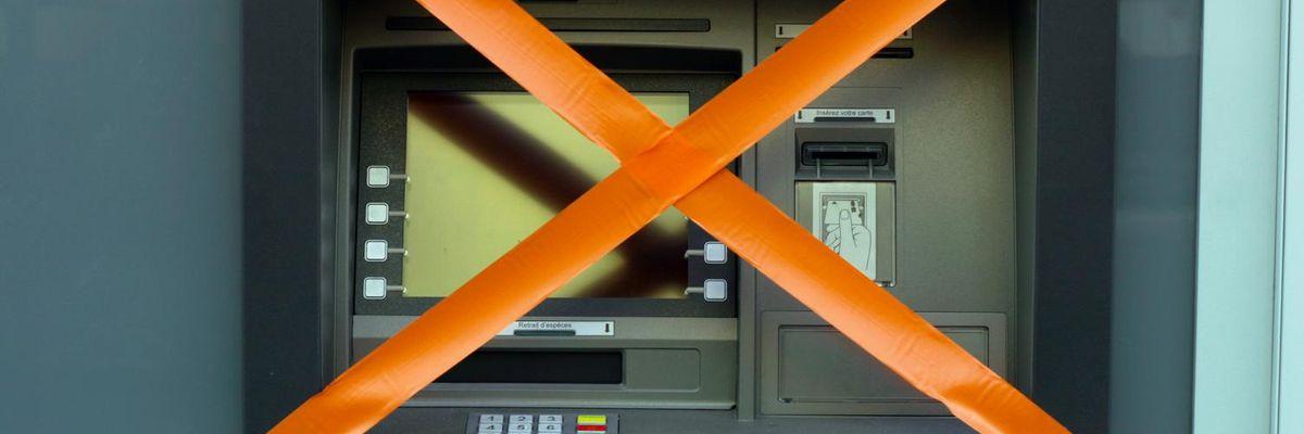 Bancomat distributore banconote
