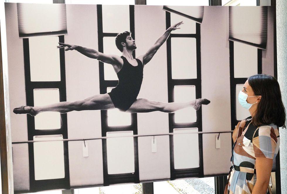 Alle Gallerie d'Italia a Milano la mostra su Roberto Bolle