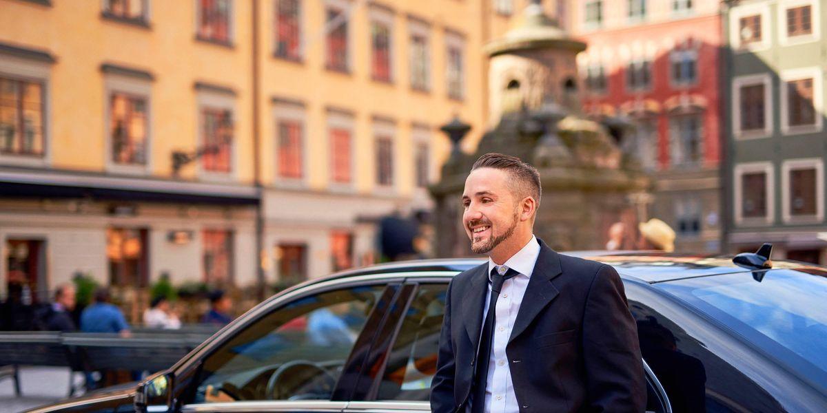 Mobilità urbana, l'auto è comoda ma gli italiani cercano alternative