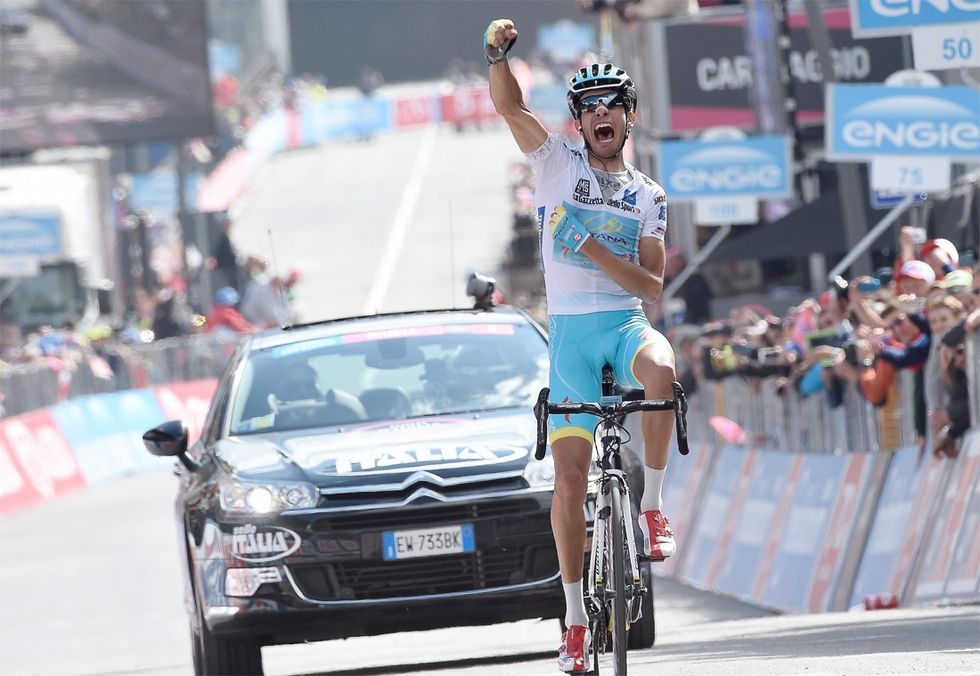 Giro d'Italia: vince Aru, Contador sempre in rosa