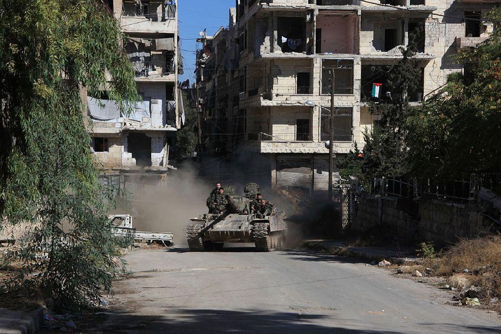 L'esercito di Assad avanza verso Aleppo est