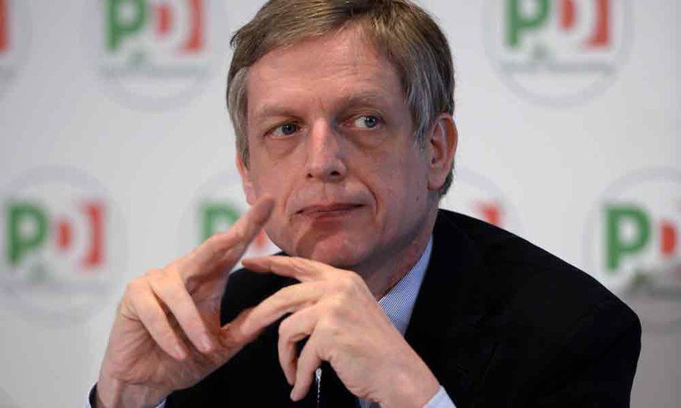 L'obiettivo di D'Alema e Cuperlo: rosolare Renzi a fuoco lento