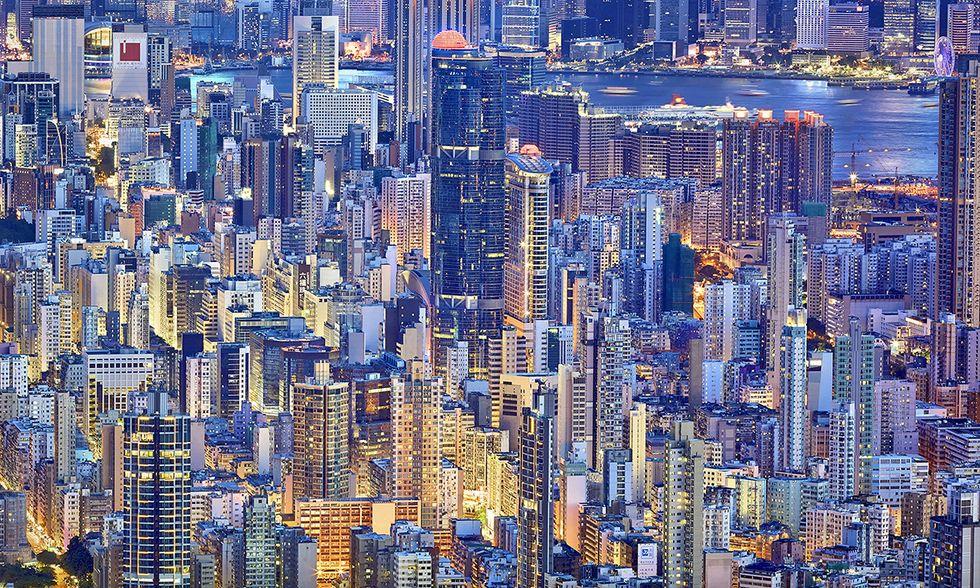 Hong Kong, The Blue Moment
