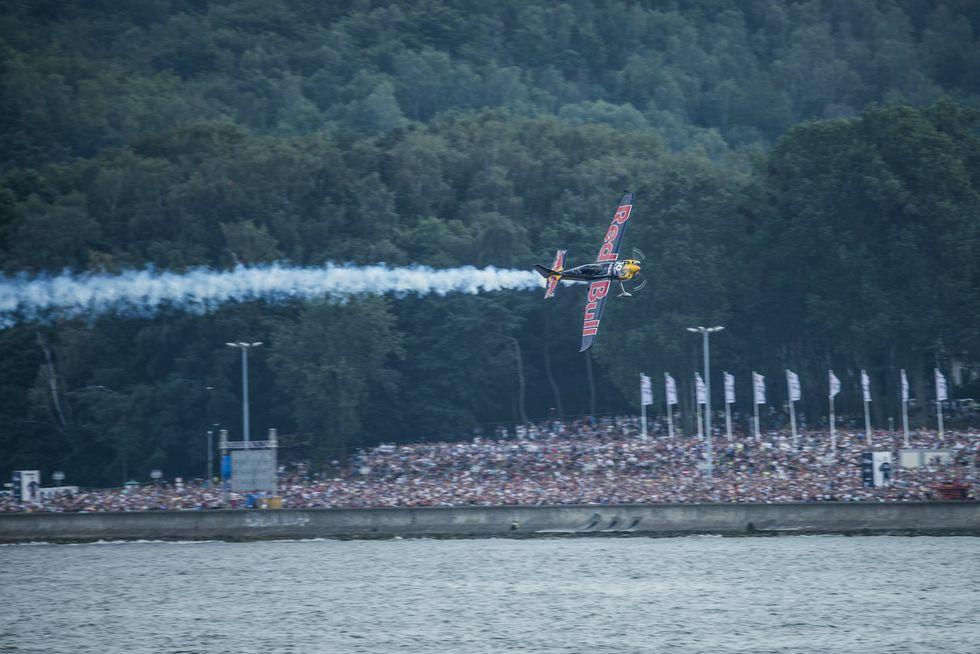 "Red Bull Air Race: una folle ""corsa"" nei cieli di Gdynia"
