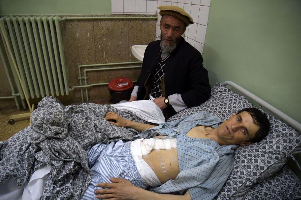 Kabul: l'Isis assalta un ospedale e fa 30 morti