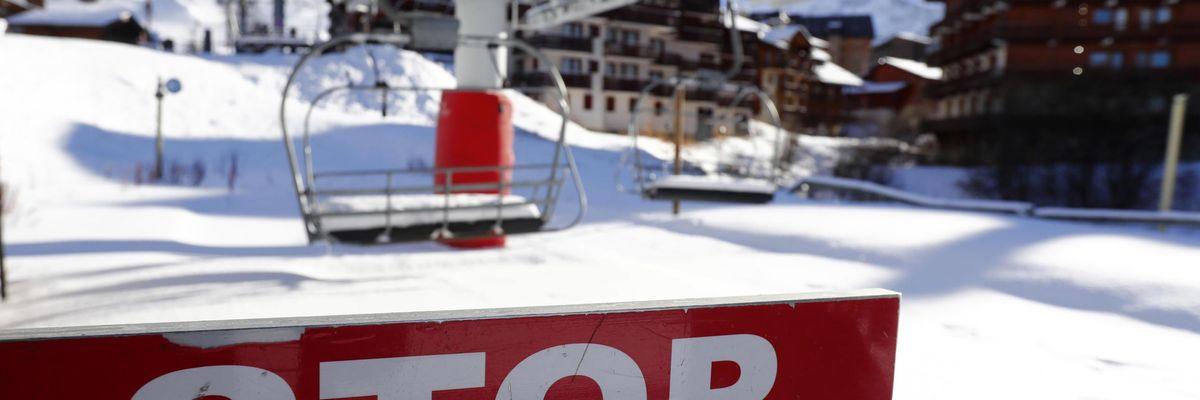 stazioni sci montagna turismo covid restrizioni divieti green pass