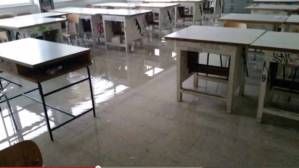 Scuola, quegli edifici che cadono a pezzi
