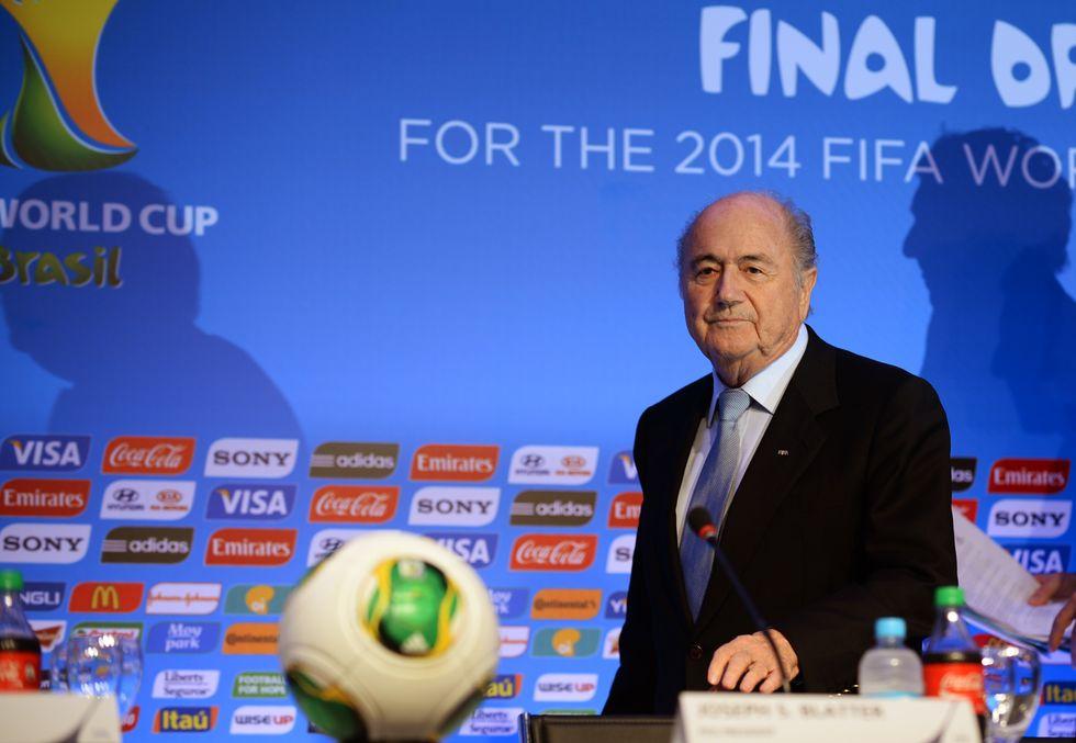 Caro Blatter, ecco le 5 regole per truccare un sorteggio