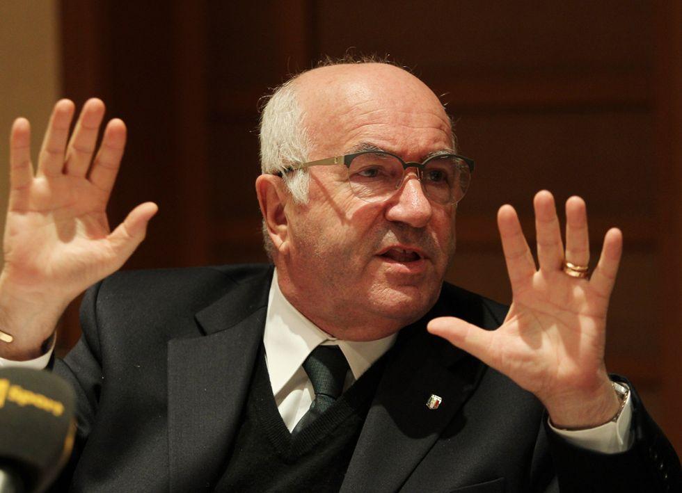 """Tavecchio bacchetta Agnelli: """"Senza la Figc la Juve non giocherebbe"""""""