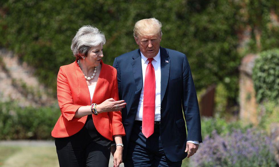 Brexit: Donald Trump e Theresa May tra odio e amore