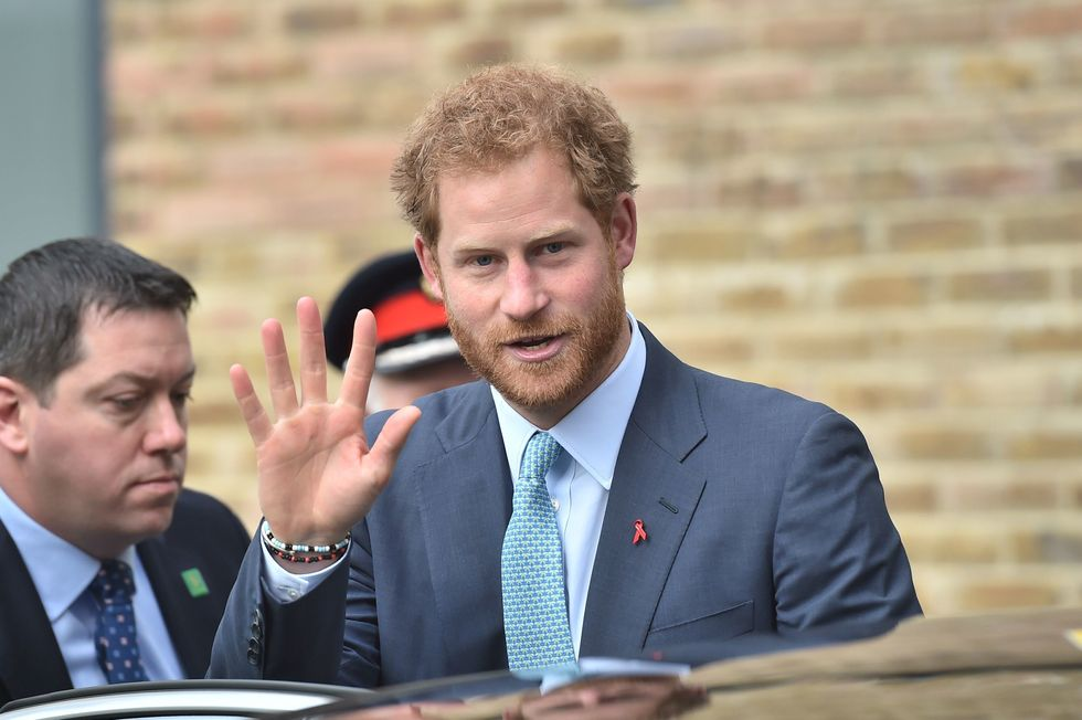 Il Principe Harry difende la nuova fidanzata Meghan Markle