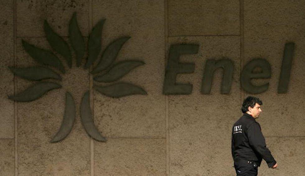 """Lo smart working all'Enel e il """"modello elettrici"""""""