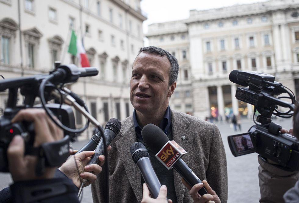 Tosi sfida Salvini e dice no al commissariamento