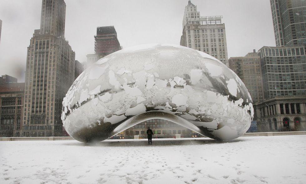 Chicago innevata: le foto più belle